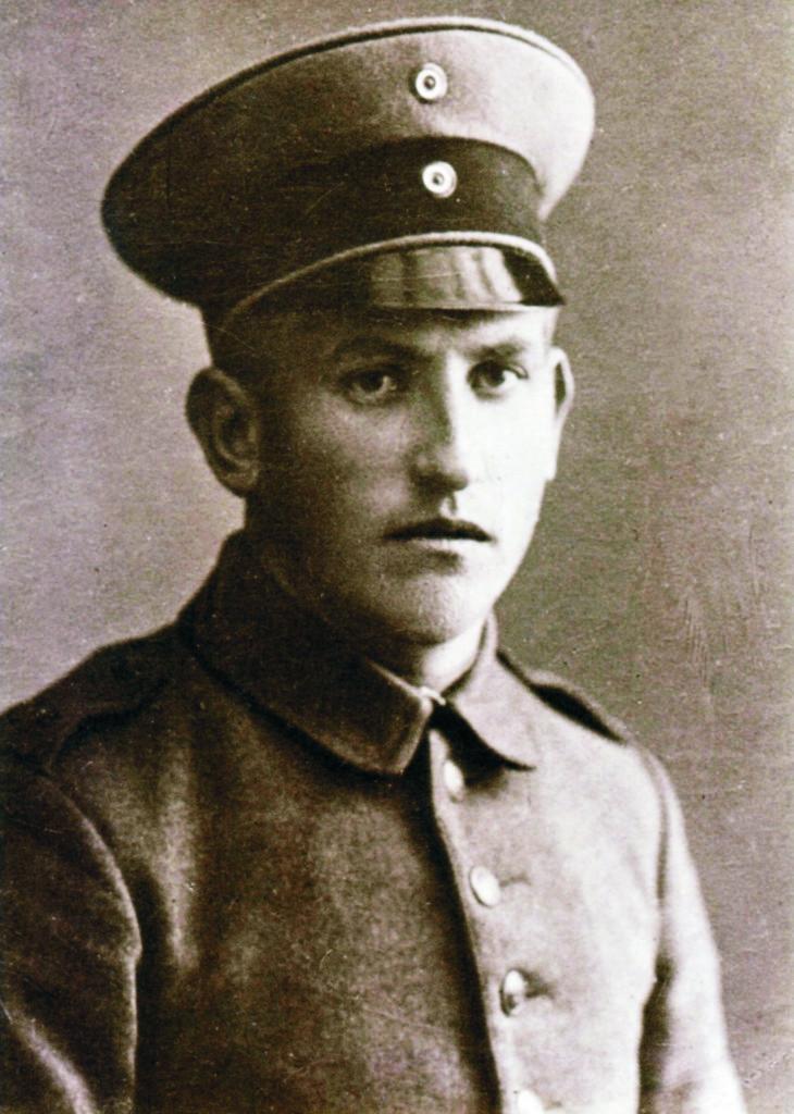 Im Gedenken an Oswin Schuchardt (7. Januar 1896-22. Juni 1918) und die Gefallenen des 1. Weltkriegs aus Großfahner.