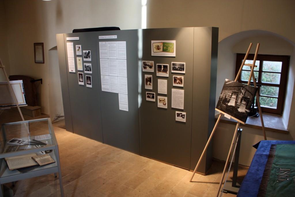 Die Ausstellung im Seitenschiff der Kirche vermittelt viel Wissenswertes über die Geschichte der Glocken und des Sänger-Chores.
